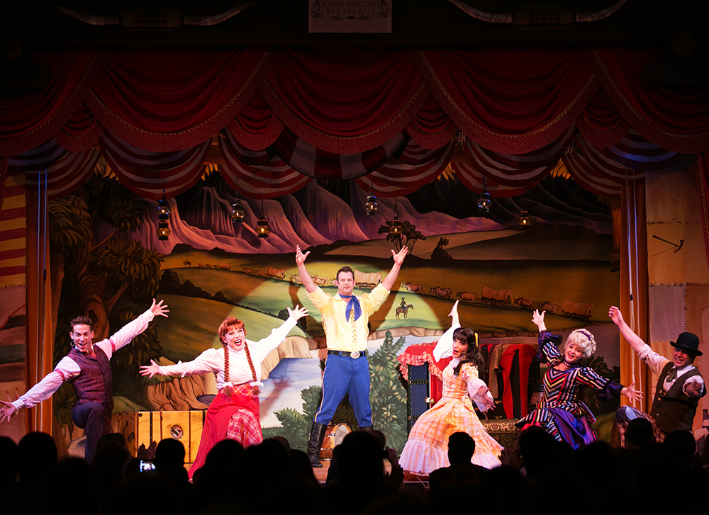 Disney Fort Wilderness Hoop-Dee-Doo Musical Revue 016