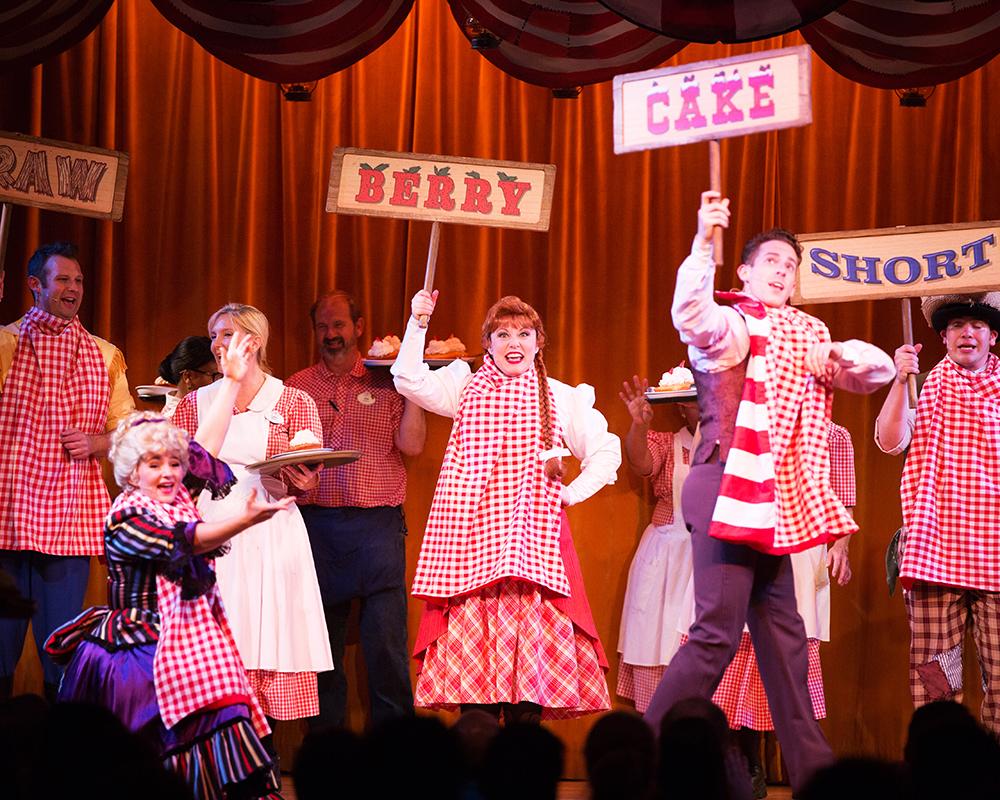 Disney Fort Wilderness Hoop-Dee-Doo Musical Revue 017